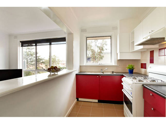 Kitchen with full size fridge and full cooking facilities
